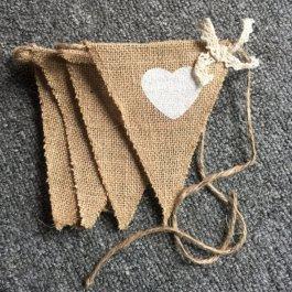 Svatební dekorace - vlaječky