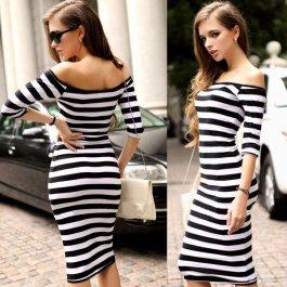 Proužkované dlouhé šaty
