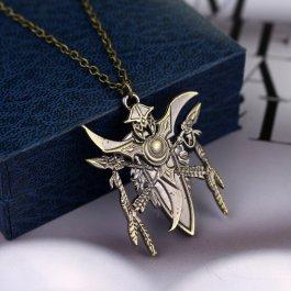 Stříbrný náhrdelník s detaily WoW