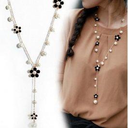 Dlouhý řetízek s květy a perlami