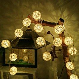 LED ratanový kuličkový řetěz 2 m
