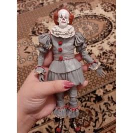 Figurka klauna z hororu TO