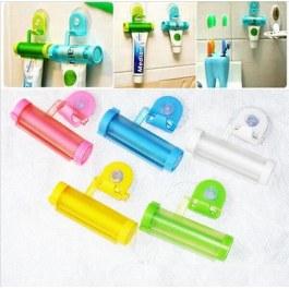 Rolovací vytlačovač zubní pasty