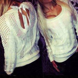 Sexy svetr s mašlí