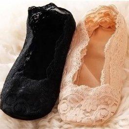 Krajkové ponožky