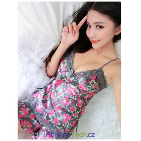 Saténové pyžamo