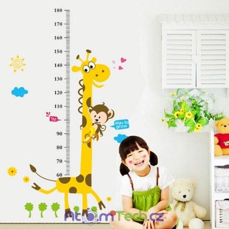 Samolepka žirafa s metrem