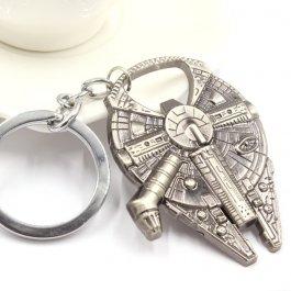 Klíčenka s modelem lodě ze Star Wars