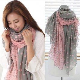 Puntíkový šátek pro dámy