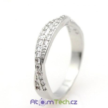 Přetočený prsten s kamínky