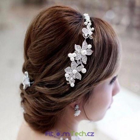 Stříbrná perlová kytka do vlasů