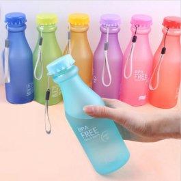 Barevná lahev na pití